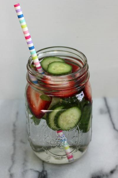 cucumber-water-036